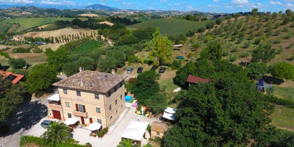 Agriturismo en klcamping Villa Bussola le marche Italië
